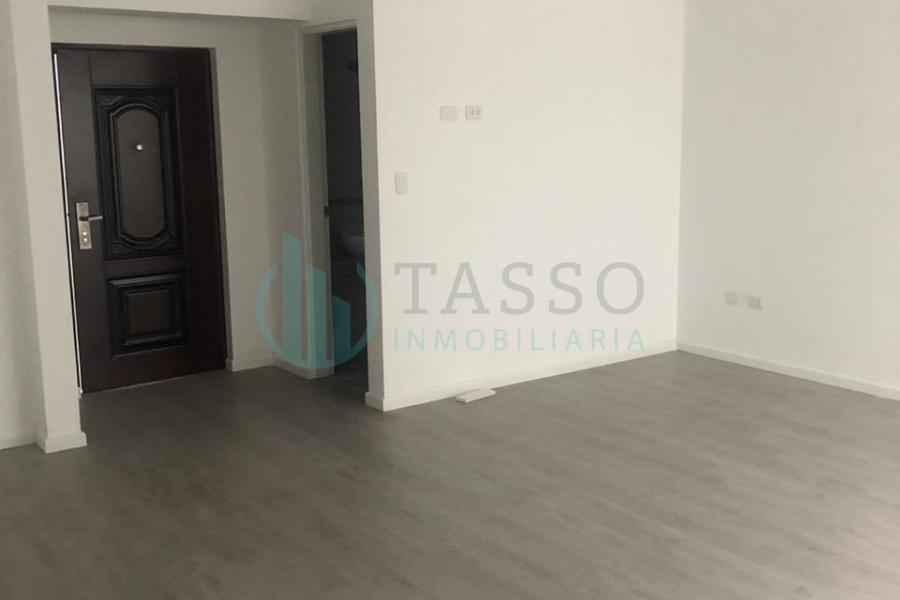 Departamento en venta en San Miguel, Malecón Bertoloto, 1 dormitorios,  2 baños, uno incorporado, estreno.