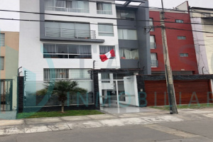 jiron 9, piso 3, duplex, 3 dormitorios, lavanderia,  terraza, 2 cocheras, edificio de 4 pisos, vista interior